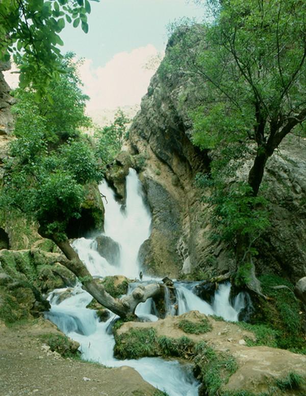 آبشار-لردگان-(-آتشگاه)_2