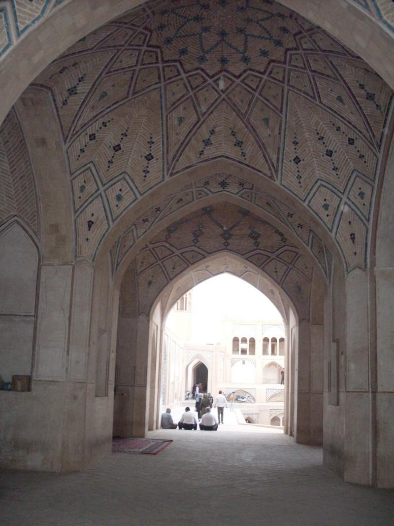 مسجد-و-مدرسه-آقا-بزرگ_22