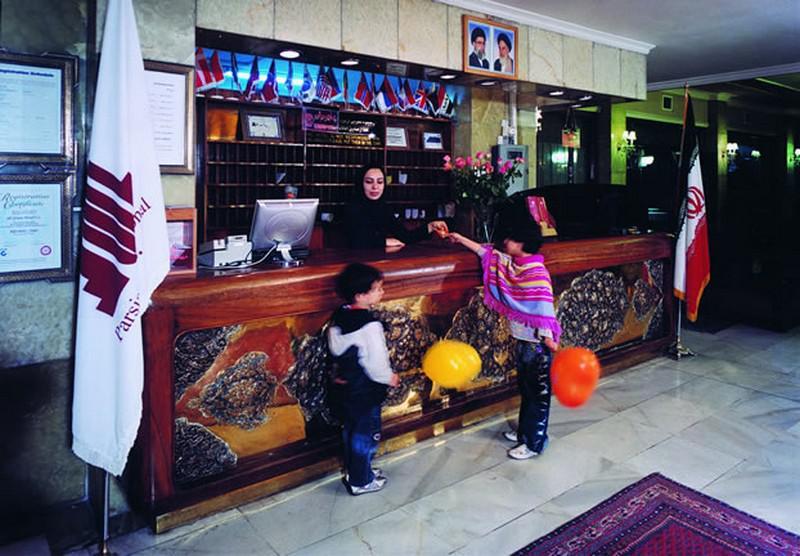 هتل-عالی-قاپو_2