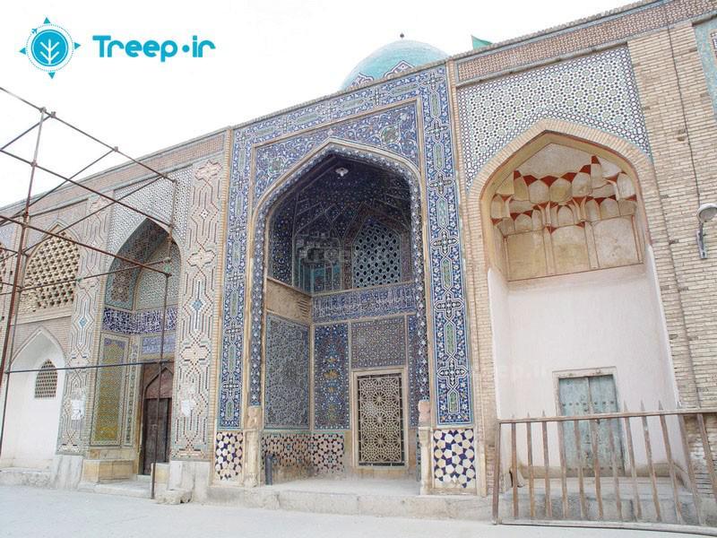 آرامگاه-درب-امام_11