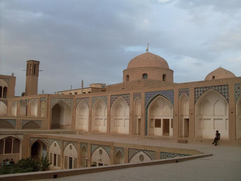 مسجد-و-مدرسه-آقا-بزرگ_93
