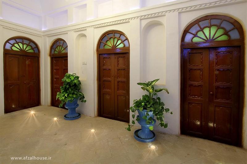 هتل-سنتی-عمارت-افضل-تریپ-با-ما-(9)