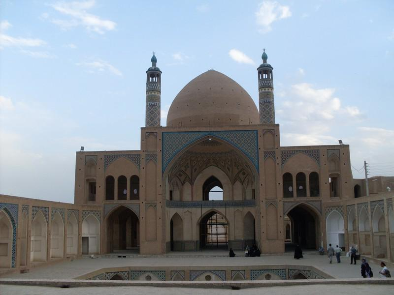 مسجد-و-مدرسه-آقا-بزرگ_11