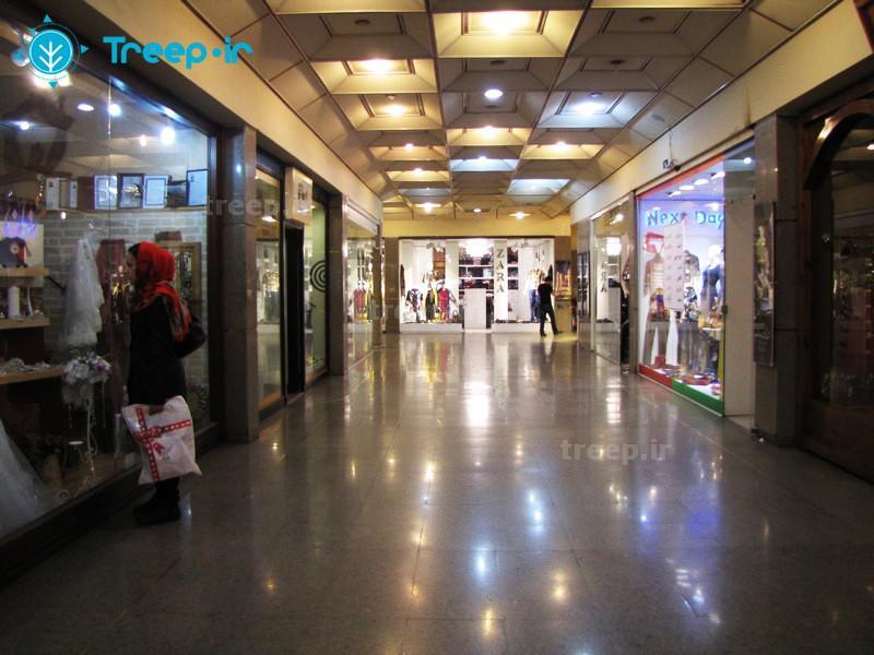 مرکز-تجاري-ايران-زمين_9