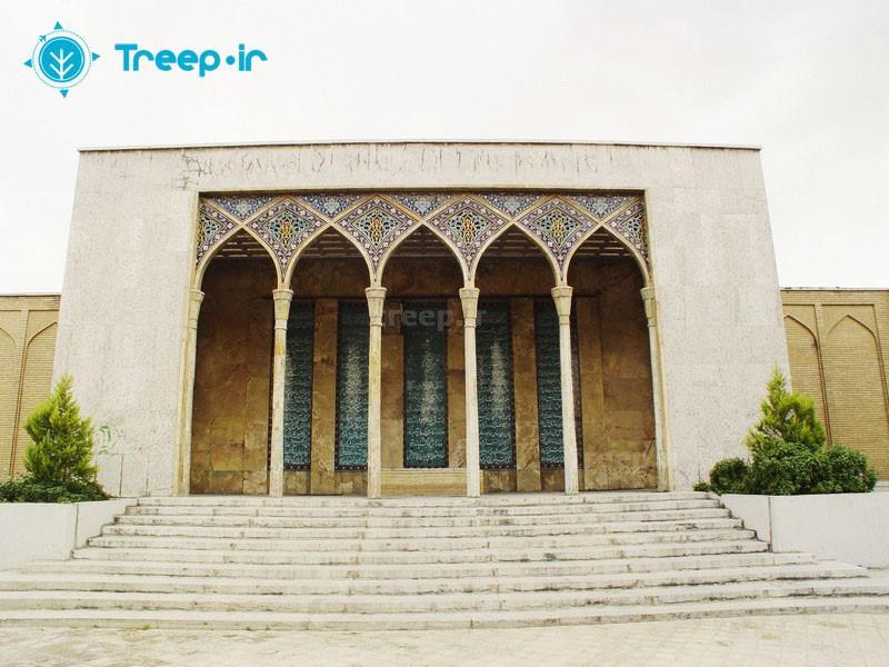 آرامگاه-صائب-تبریزی_2