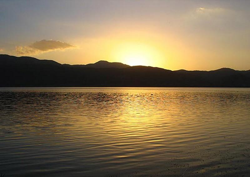 دریاچه-زریوار-_6
