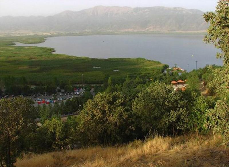 دریاچه-زریوار-_2