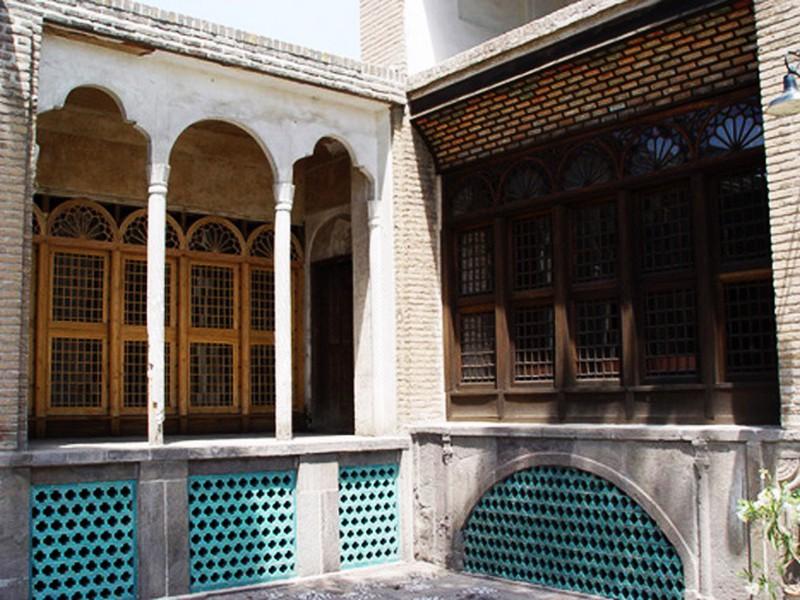 خانه-و-حسینیه-امینیها_2