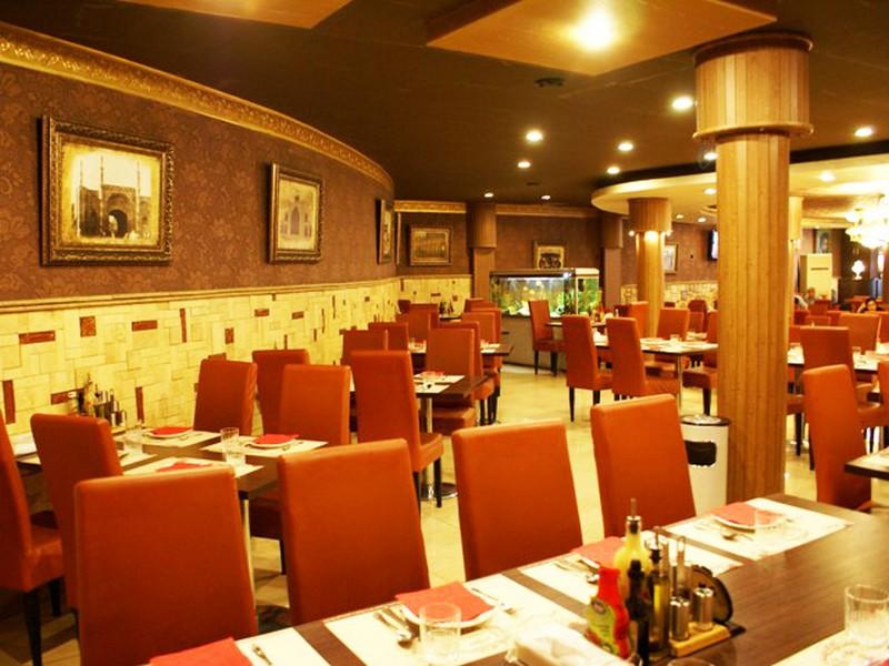 رستوران-نمونه_2