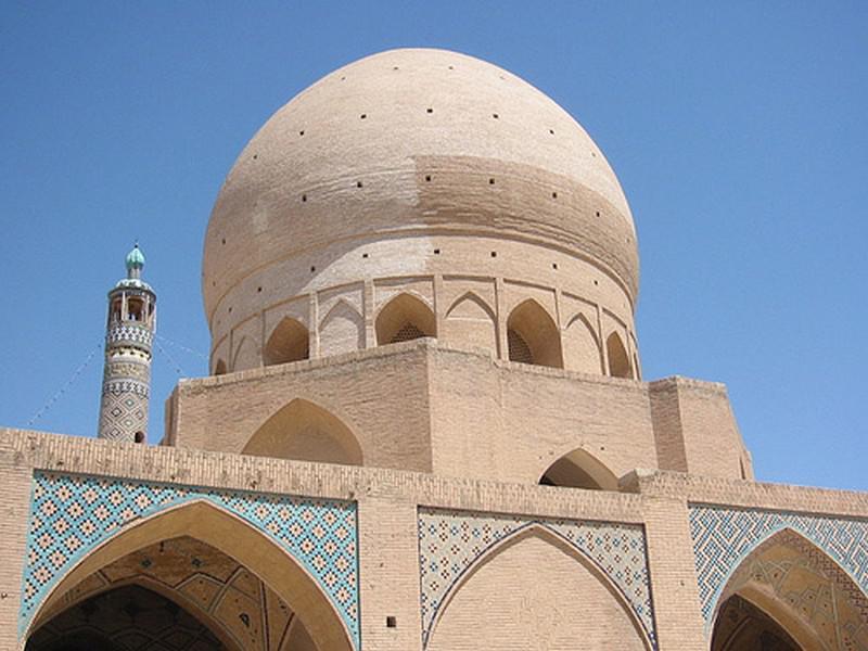 مسجد-و-مدرسه-آقا-بزرگ_102