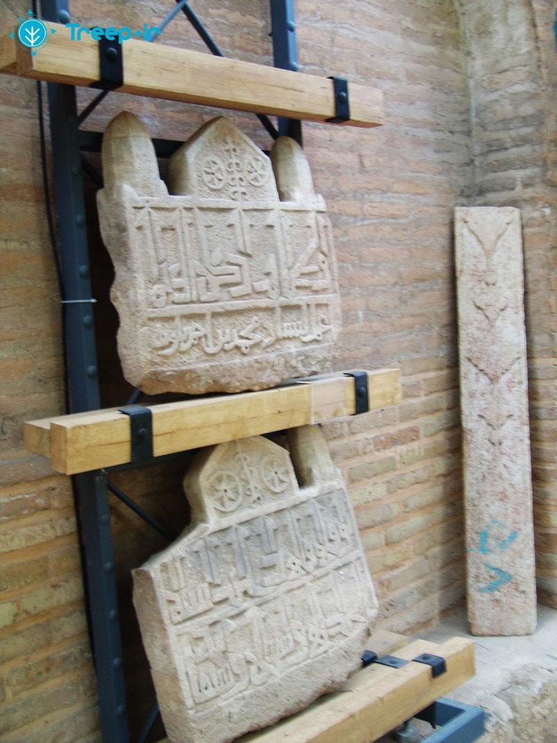 موزه-سنگ-های-تاریخی-هفت-تنان_4