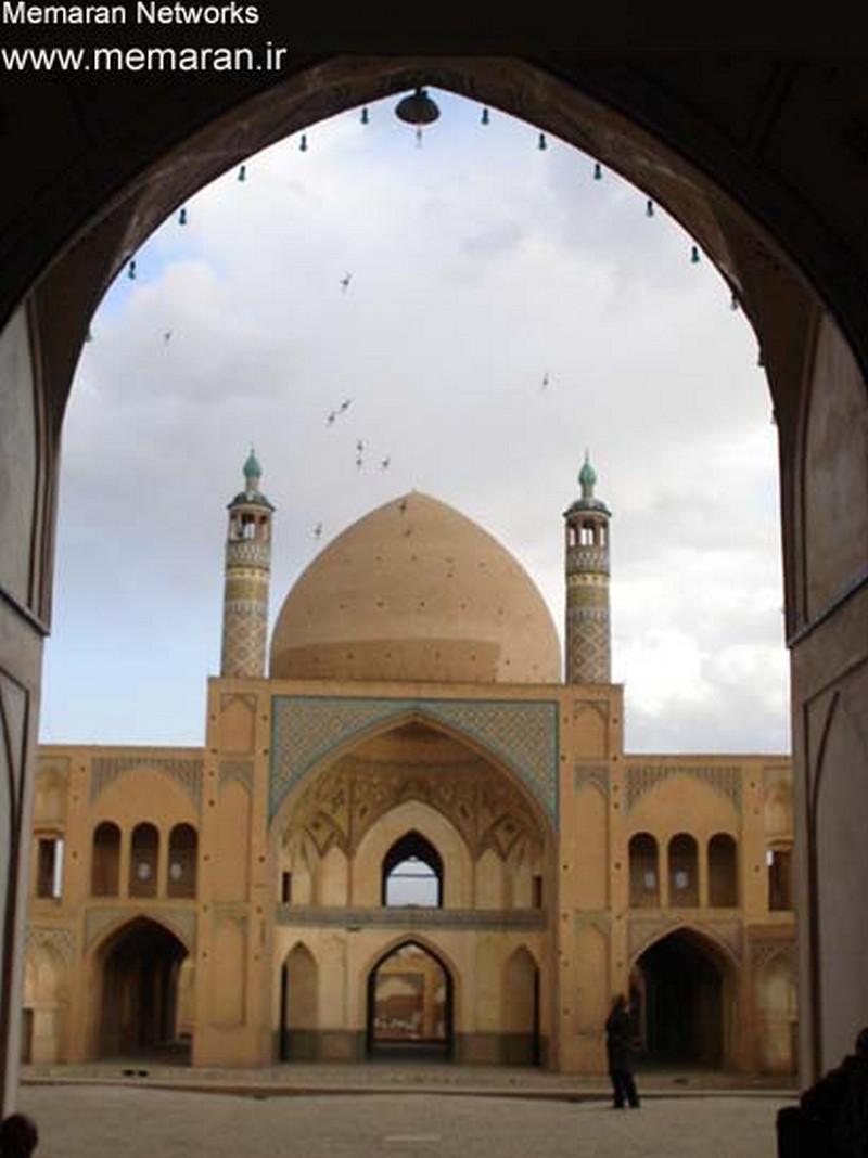مسجد-و-مدرسه-آقا-بزرگ_4