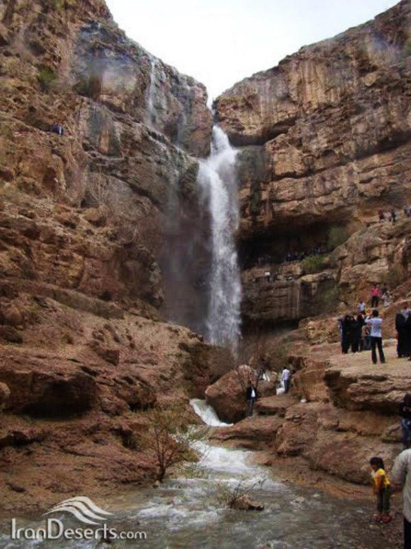 آبشار-دره-گاهان_4