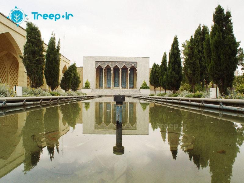 آرامگاه-صائب-تبریزی_1