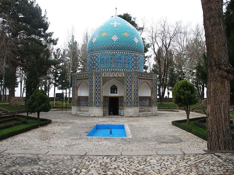 آرامگاه-عطار-نیشابوری_1