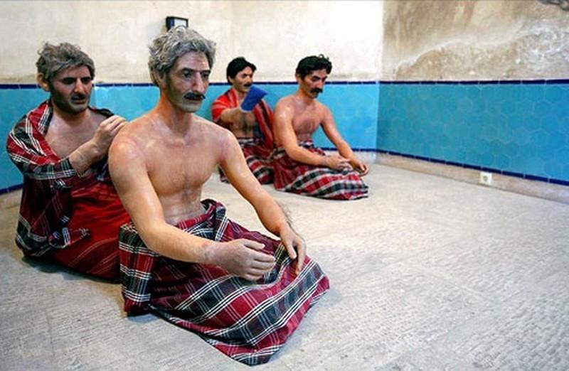 موزه-مردم-شناسی-حمام-ظهیر-الاسلام-(-آقا-نقی-)_1