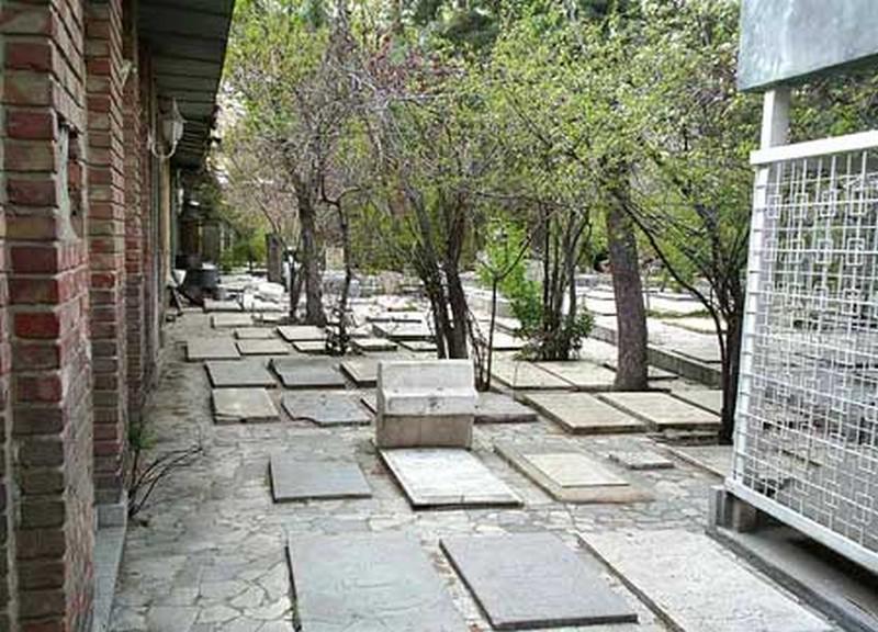 آرامگاه-ظهیر-الدوله_5