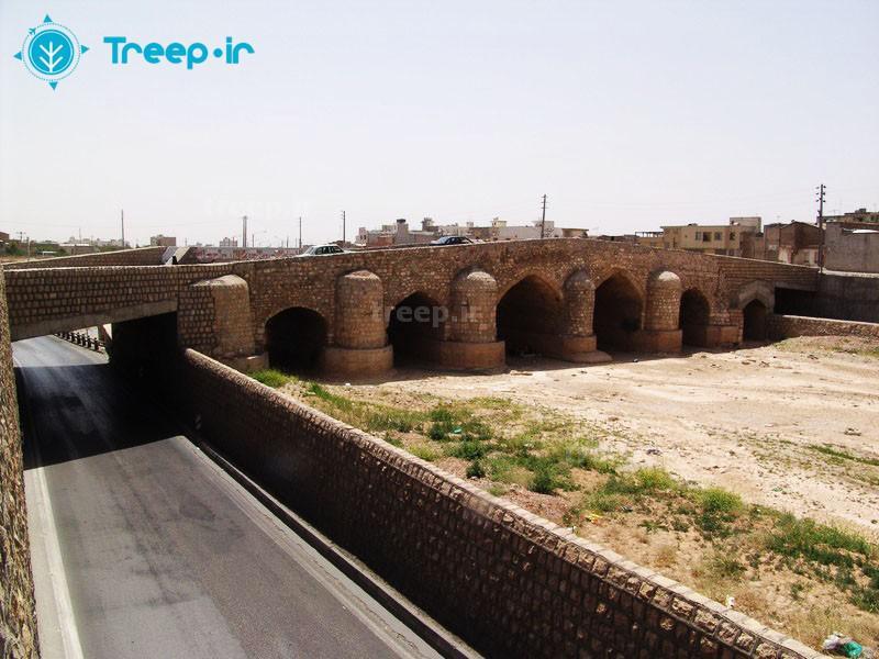 آرامگاه-علي-بن-حمزه-(ع)_2