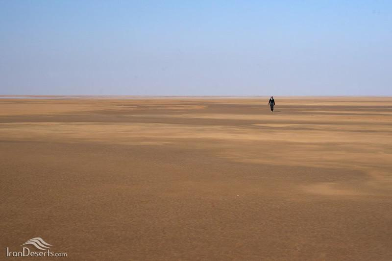 دریاچه-نمک-آران-و-بیدگل_5