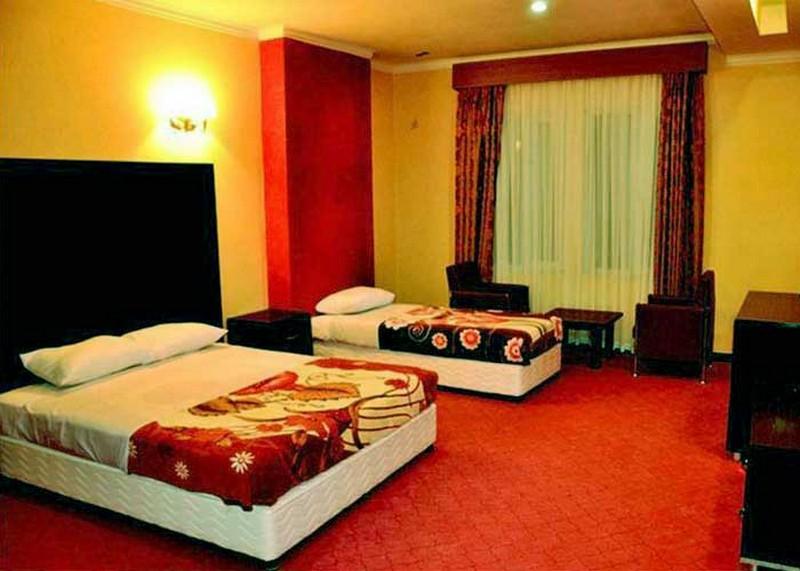 ranginkaman-hotel-koramabad11