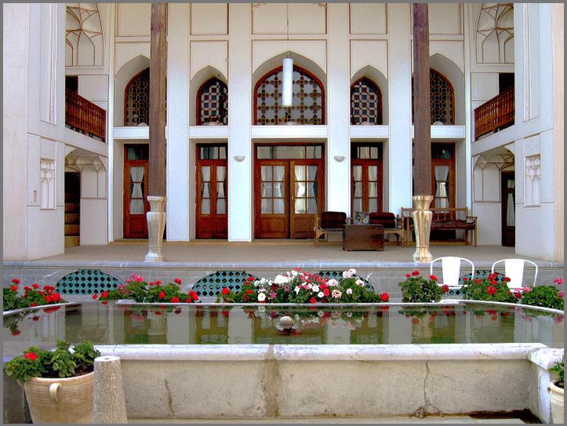 هتل-عباسی_2
