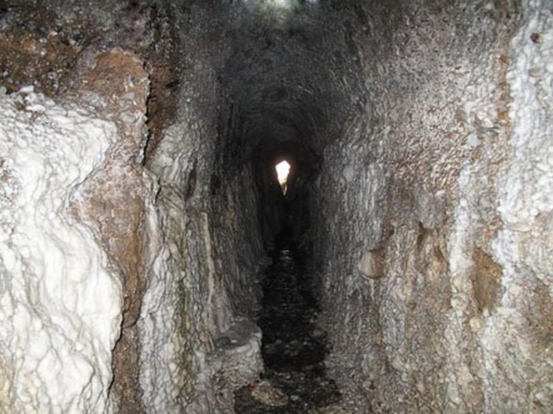 غار-و-آبشار-لاديز_2