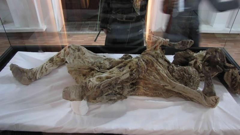 موزه-باستان-شناسی-(مرد-نمکی)_2