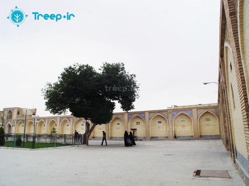 آرامگاه-درب-امام_12