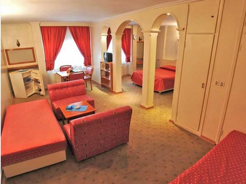 هتل-زریوار--_2