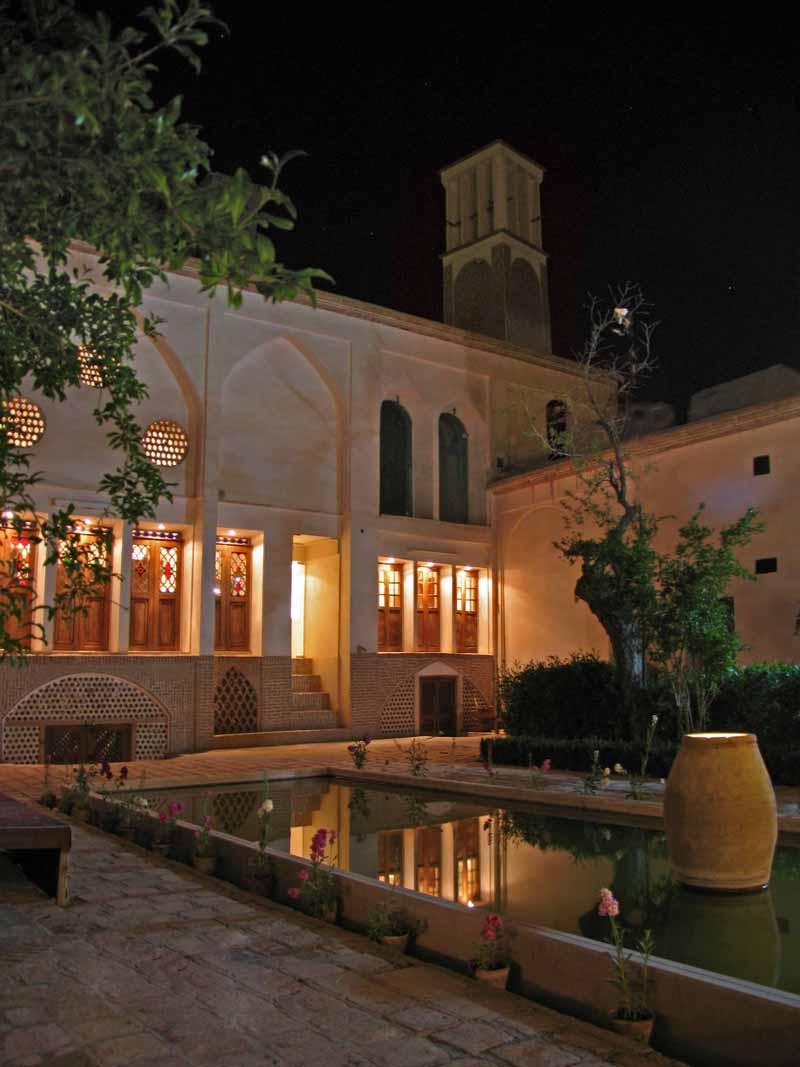 خانه-تاریخی-احسان_2